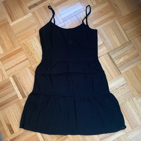 H&M Dresses & Skirts - H&M Black Linen Dress